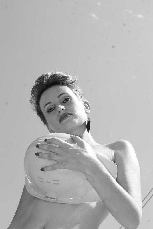 Вы просматриваете изображения у материала: Satisfaction, фотограф Анна Правдина